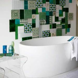 mosaic-bathroom