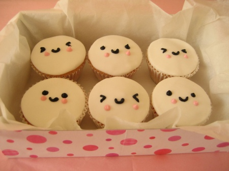 Cupcake-Faces-cupcakes-396299_1024_768