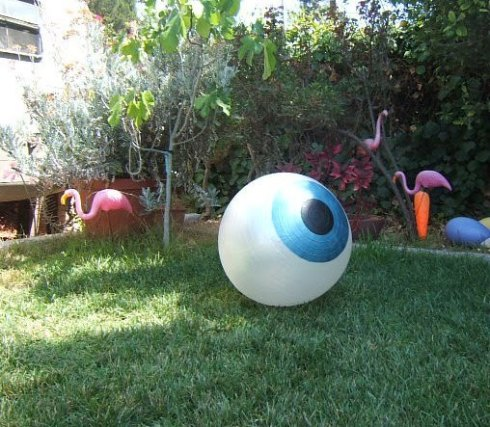 eyeball_2Byoga_2Bball_2BHalloween