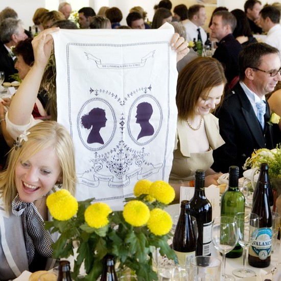 teatowel2 Weddingnesday's giveaway... Showpony