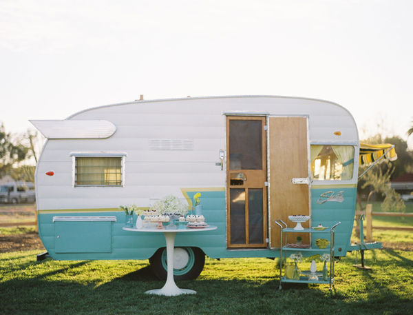 friday im in love� with caravans conversation pieces